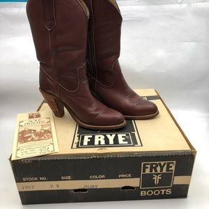 Frye  vintage woman's cowboy boots in ruby 7893